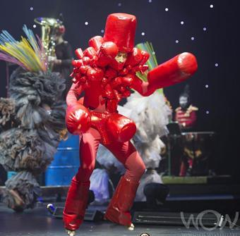 SHAKER SUIT, 1sT Place Gen-i-Creative Excellence Section, 2012 World of WearableArt Awards Show